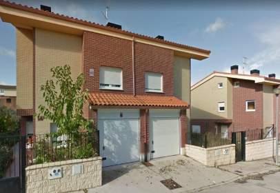 Xalet aparellat a calle La Encina, nº 18